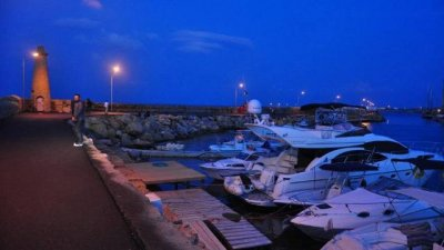 girne port lighting
